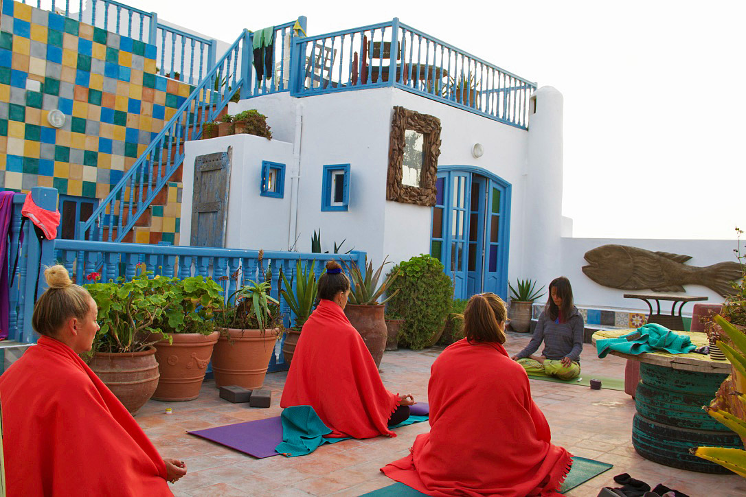 yoga karma surf retreat dar adul essaouira