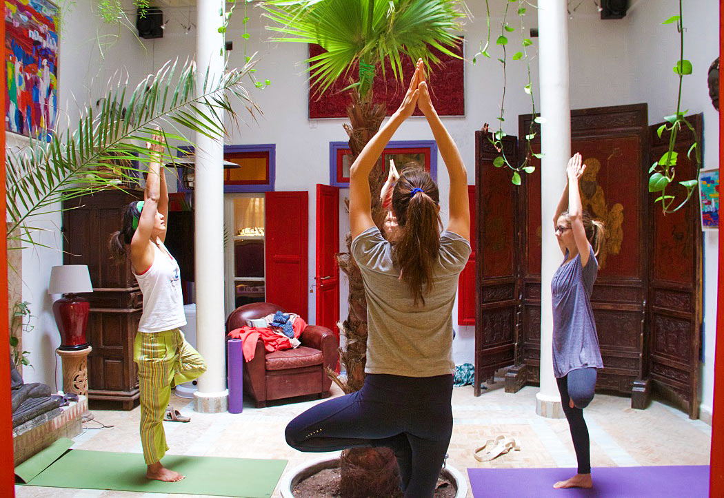 yoga lesson karma surf retreat essaouira dar adul