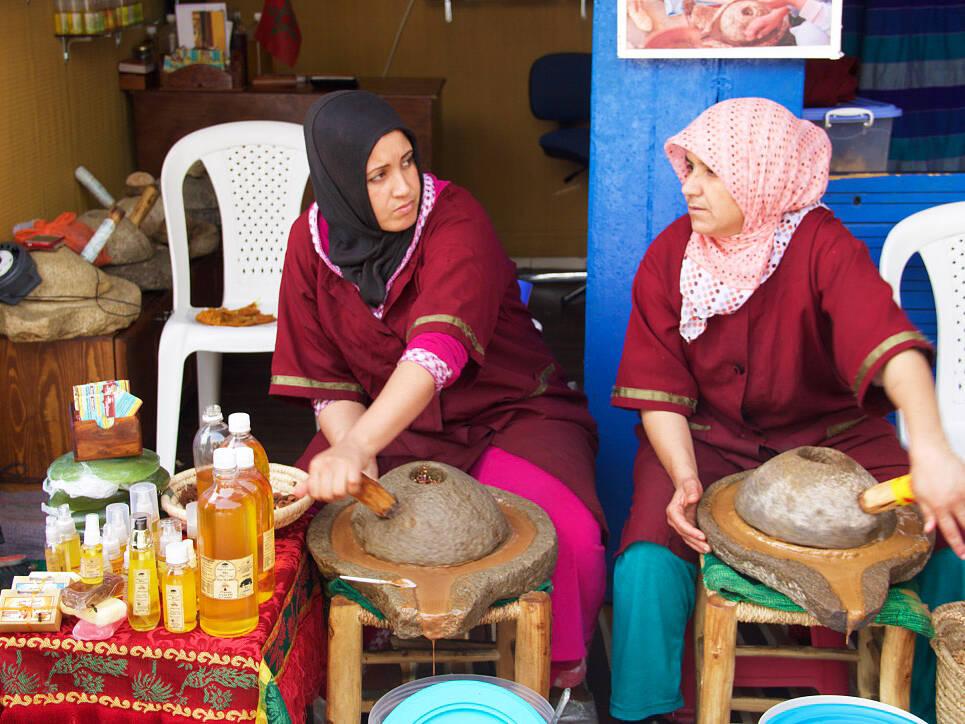 argan oil essaouira medina morocco