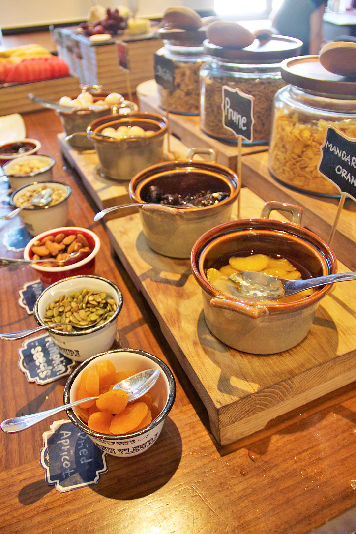 breakfast hotel indigo katong singapore