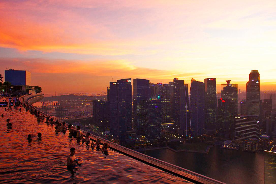 marina bay sands view swimmingpool skyline singapore