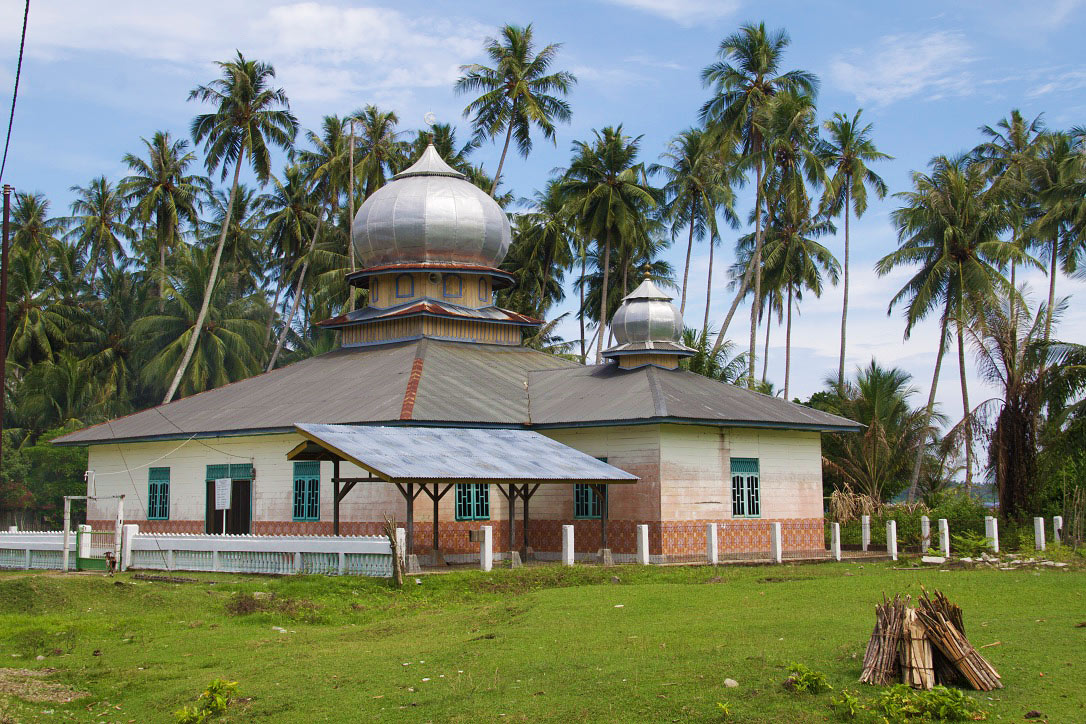 mosque simeulue island sumatra