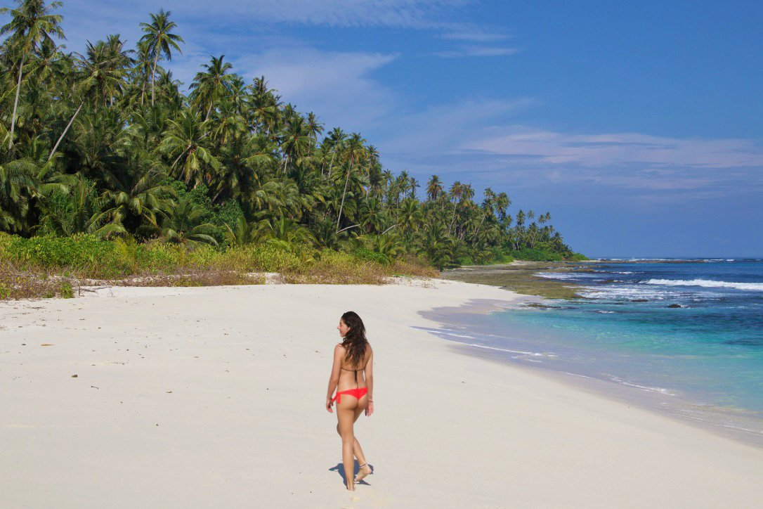 paradise simeulue surf lodges sumatra beach