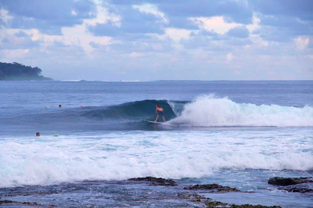 sunrise surfing dylans right waves simeulue surf lodges sumatra