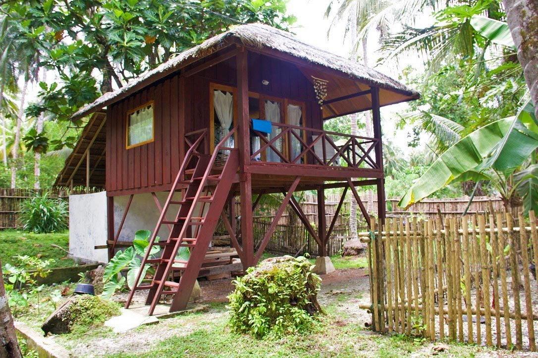 tree house simeulue surf lodges sumatra