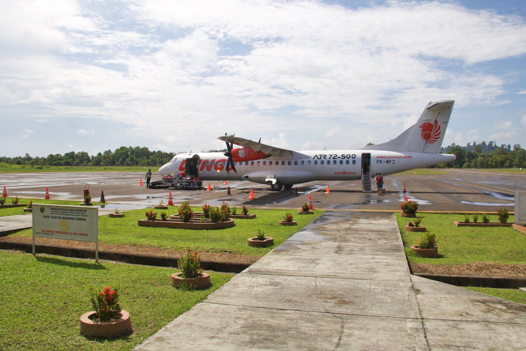 wings air simeulue island sumatra