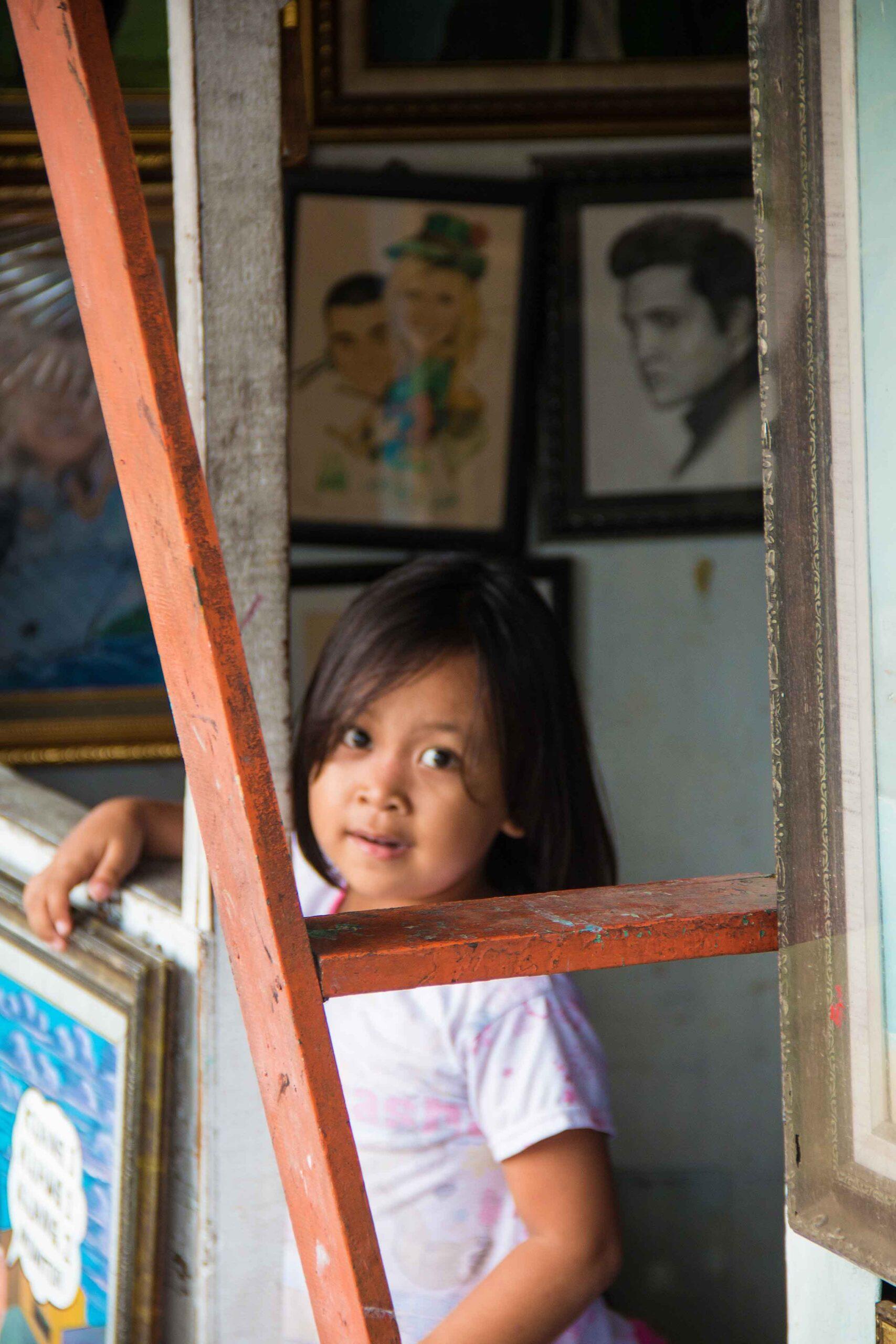 Girl at the art market Pasar Bar in Jakarta