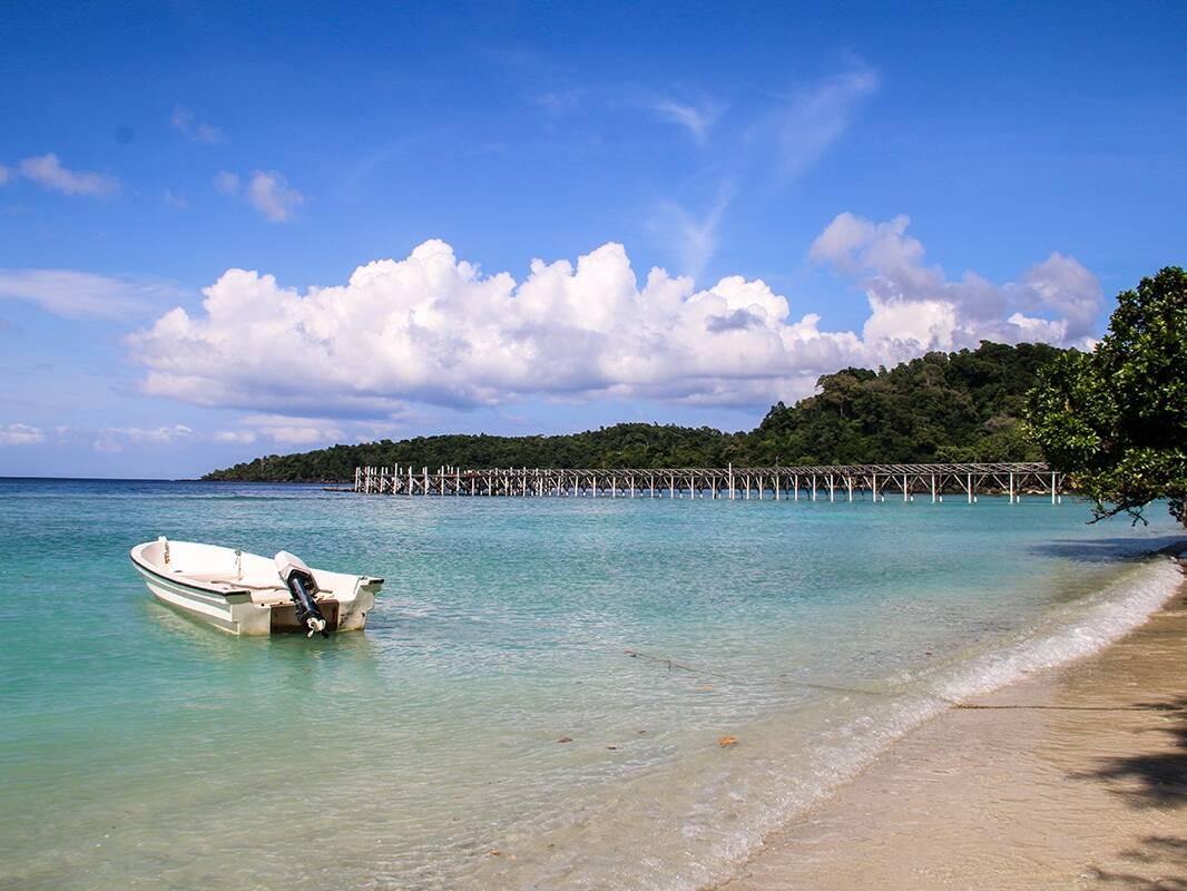 Long beach in Pulau Weh Sumatra