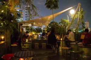 rooftop bar awan lounge jakarta