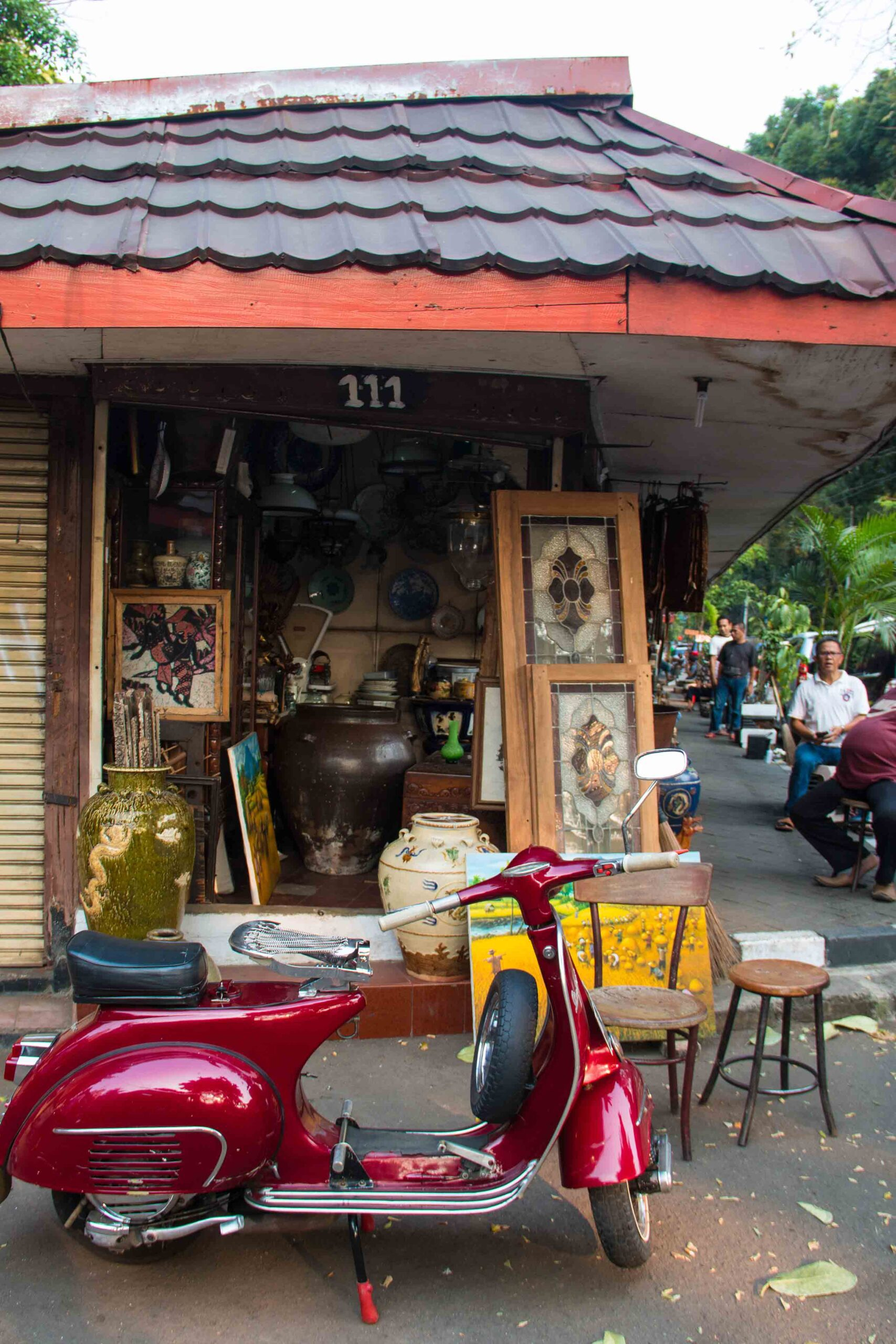 vespa antique market jakarta