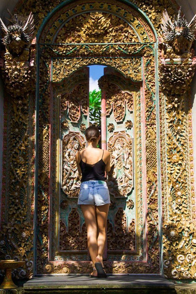 balinese doors ubud
