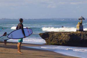 batu bolong beach surfers canggu bali