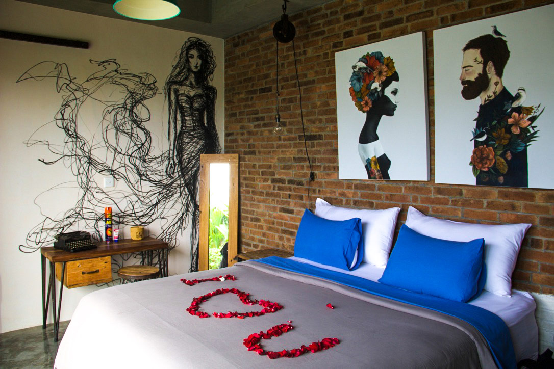 bedroom street art 4quarters villa canggu bali