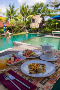 breakfast desea seni swimming pool bali