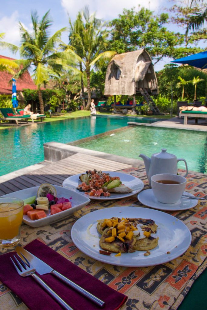 breakfast desea seni swimming pool bali