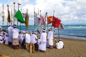hindu ceremony canggu beach bali