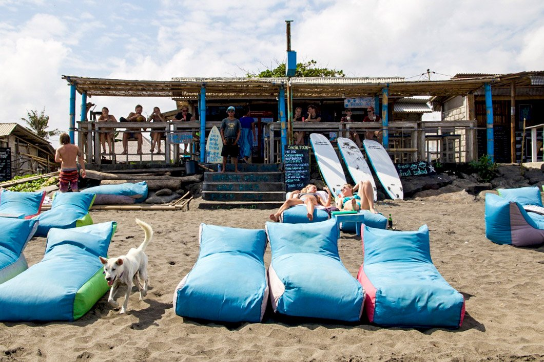 echo beach bar canggu bali