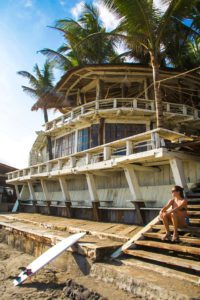surfing echo beach canggu bali
