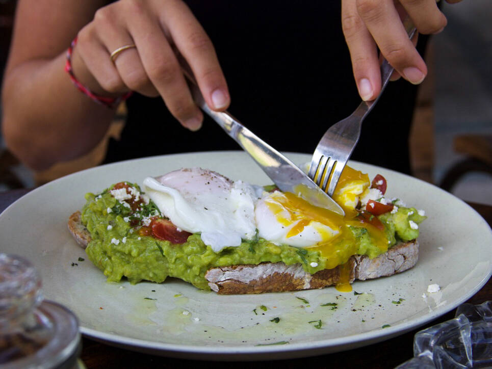 avocado toast monsieur spoon restaurant canggu bali