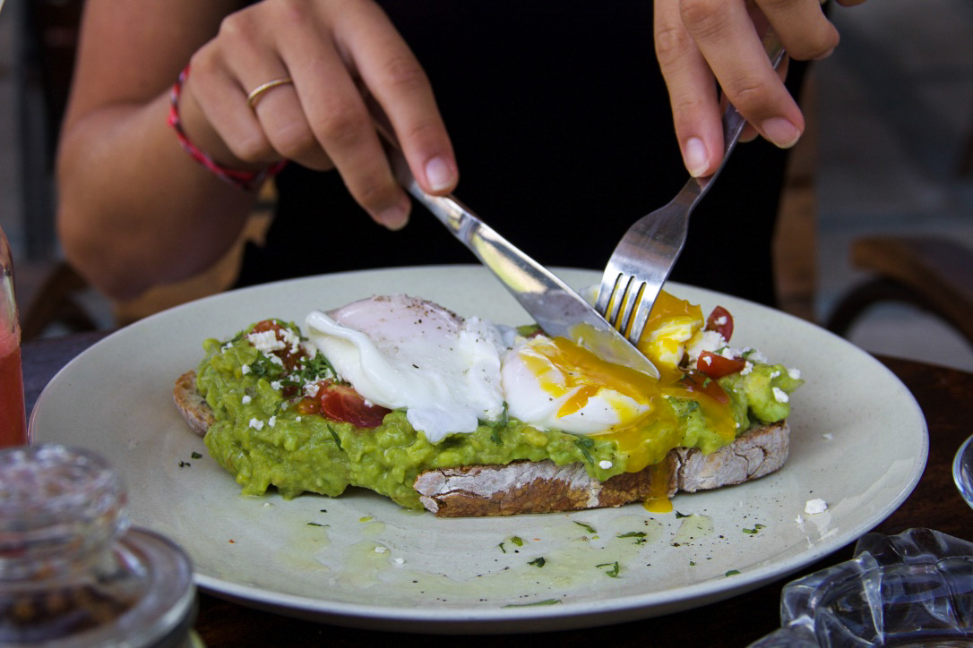 avocado toast monsieur spoon restaurant canggu bali