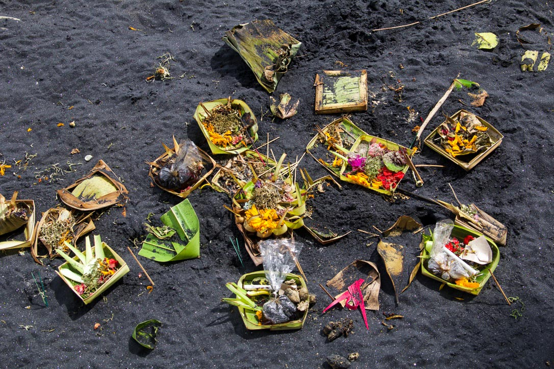 hindu offering beach bali