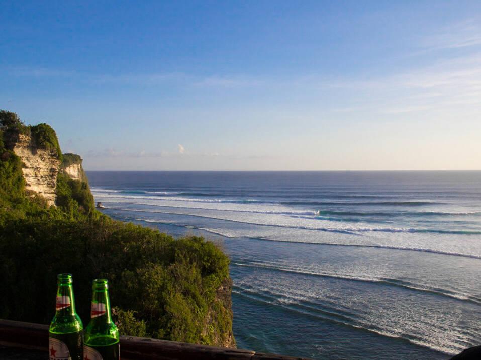 waves uluwatu surfing single fin