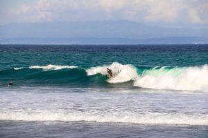surfing bali keramas waves