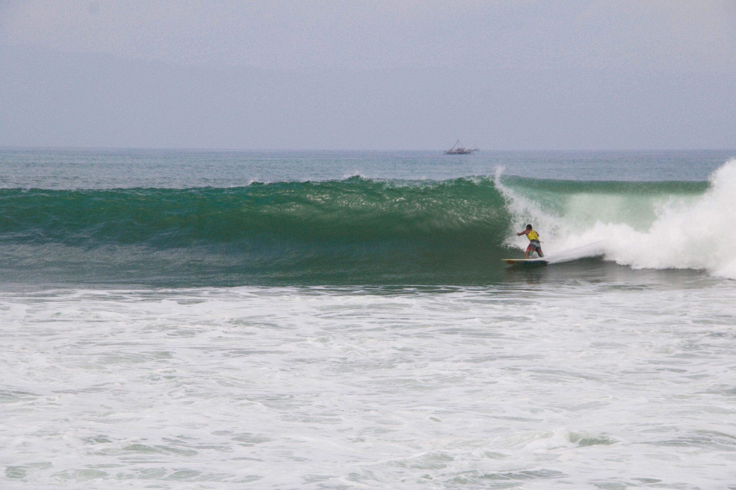 surfing cimaja waves java indonesia