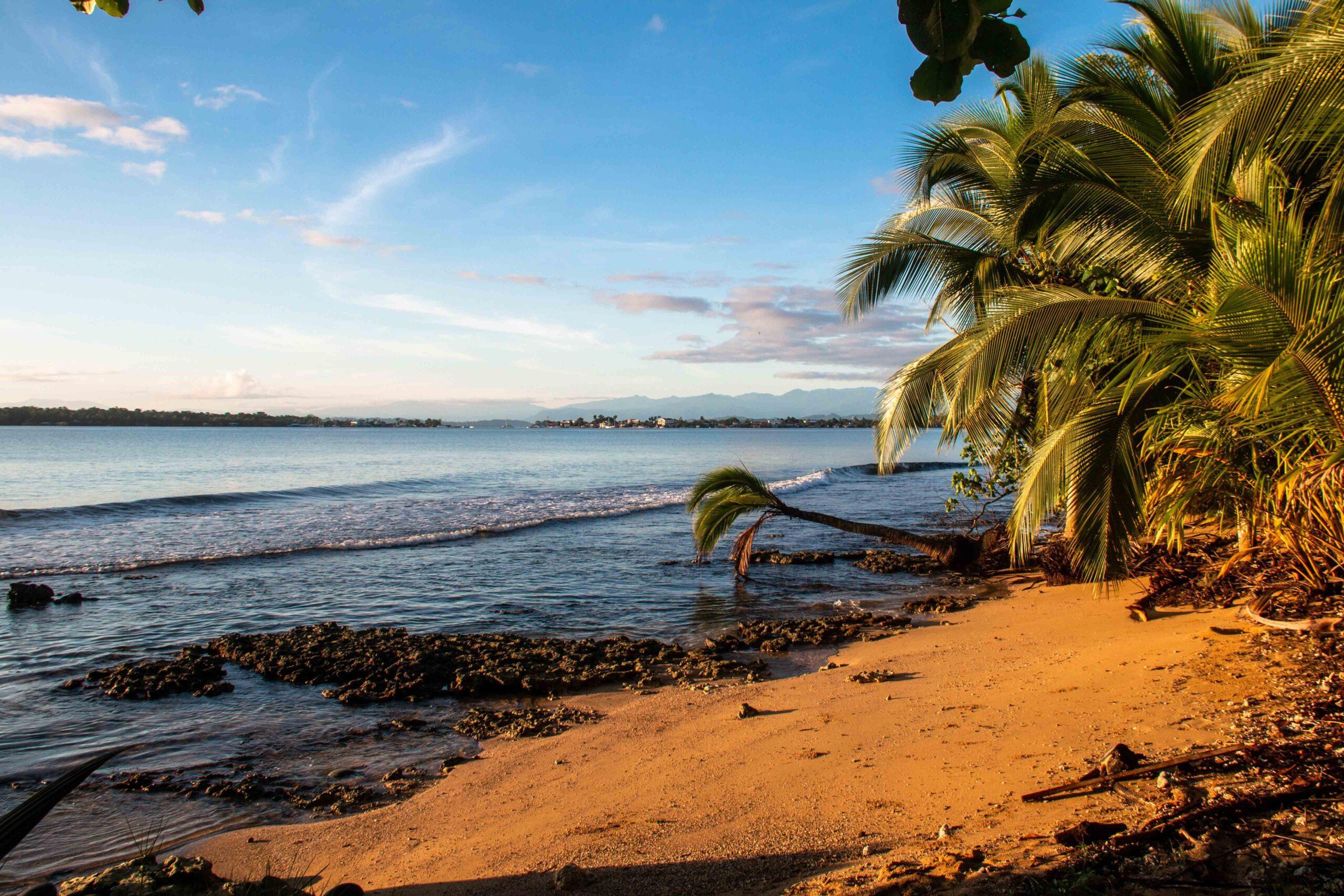 Playa Paunch Bocas del Toro