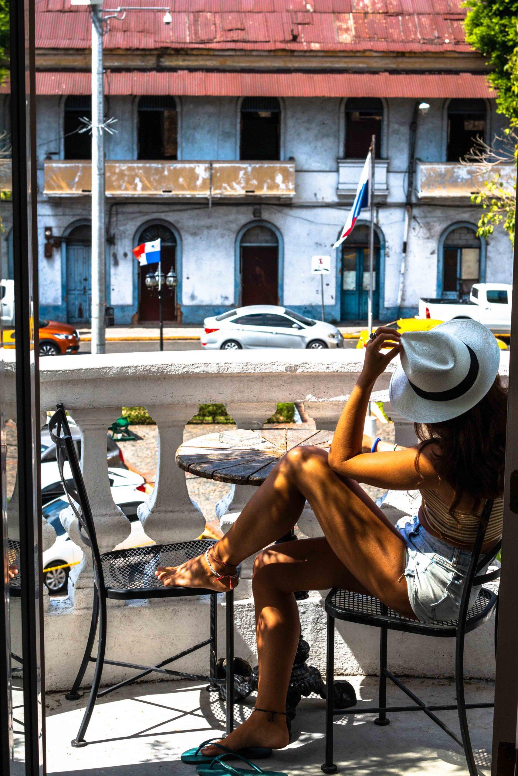 Las Clementinas balcony Panama City