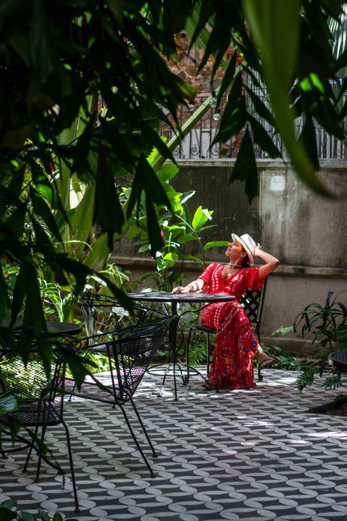 Las Clementinas hotel garden Panama City