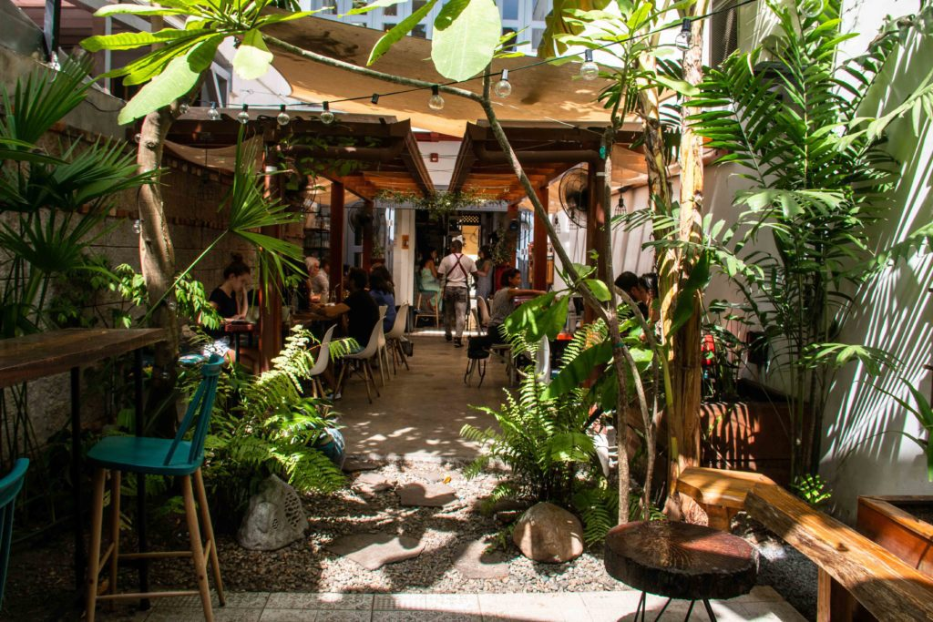 Mahalo restaurant Casco Viejo Panama