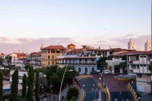 Sunset Casco Viejo Lazotea rooftop bar