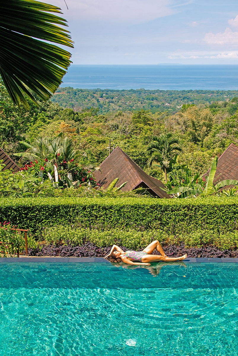 Infinity pool at Oxygen Jungle Villas hotel in Costa Rica